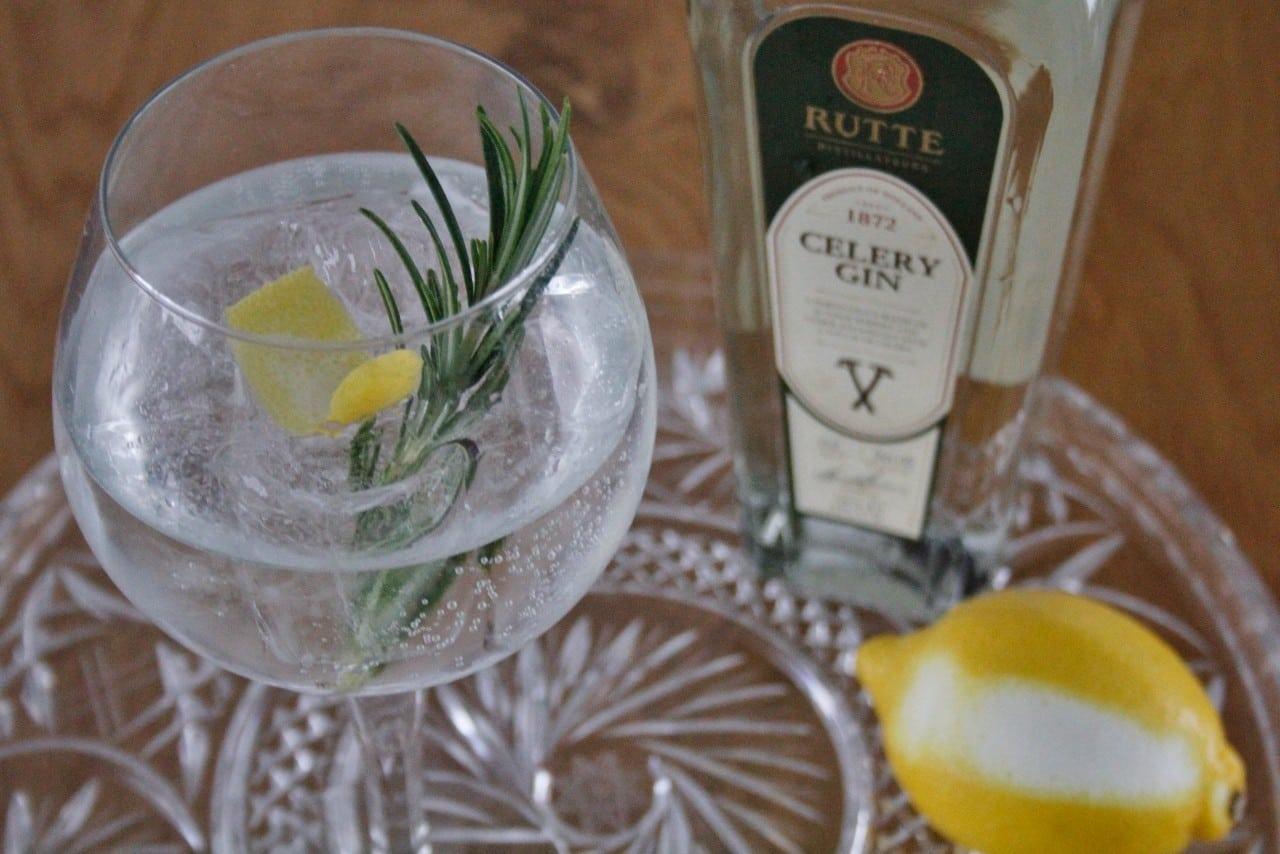 Gin Tonic met Rutte foto