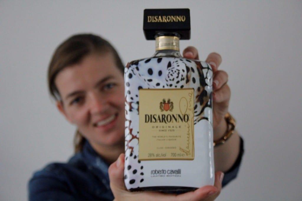 Disaronno wears Cavani