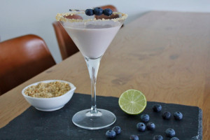 Blueberry Cheesecake Martini foto