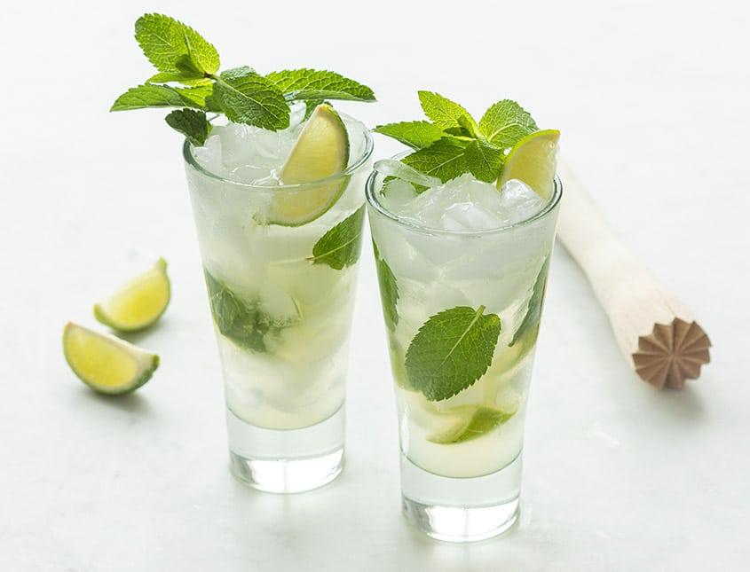 klassieke mojito cocktail
