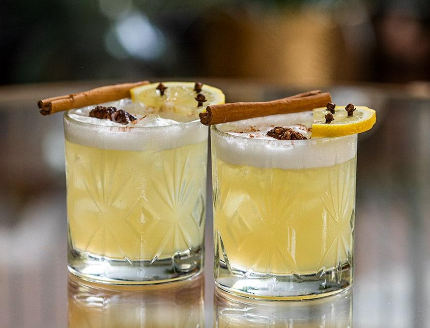 Autumn spices sour cocktail